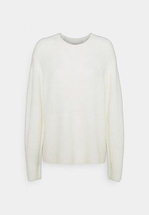 AUCUBA - Jumper - soft white