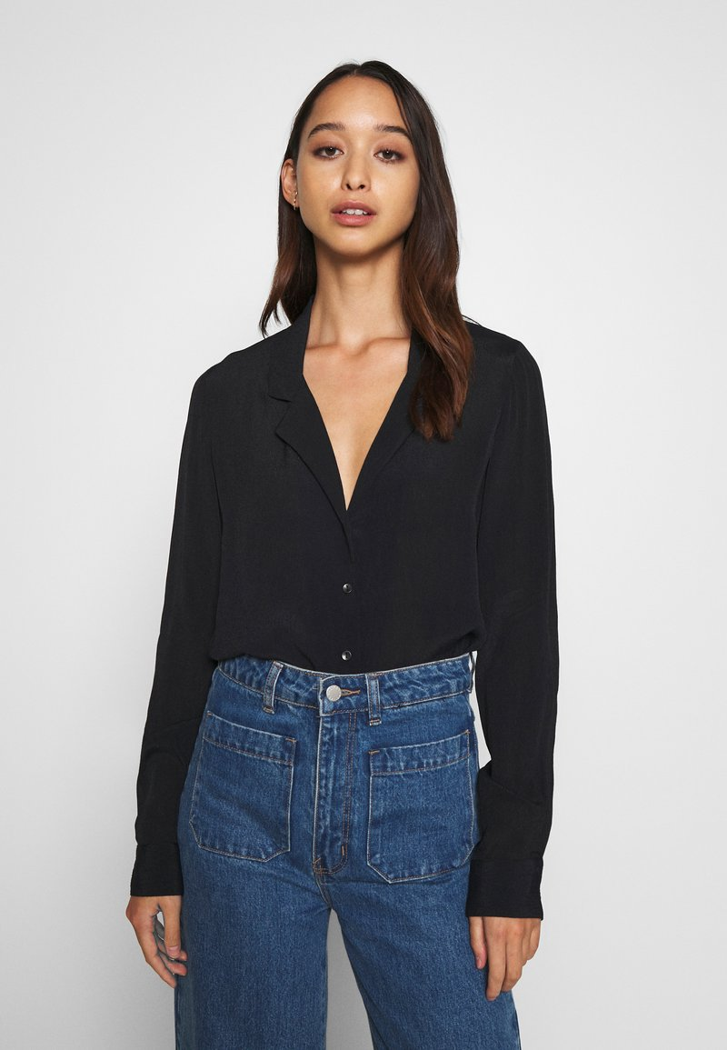 Nly by Nelly - THE BLOUSE - Button-down blouse - black