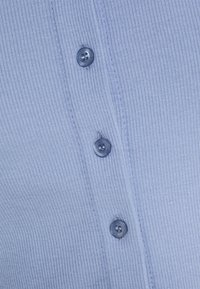 Cotton On - CORI CROP BUTTON THROUGH - Cardigan - vintage blue - 5