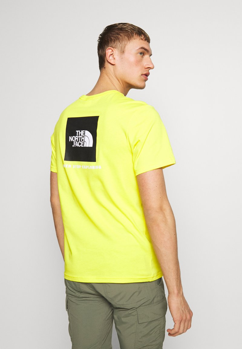 The North Face - REDBOX TEE   - T-shirt con stampa - lemon