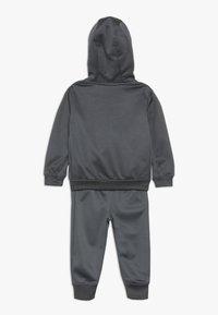 Nike Sportswear - BABY SET  - Træningssæt - dark gray - 1