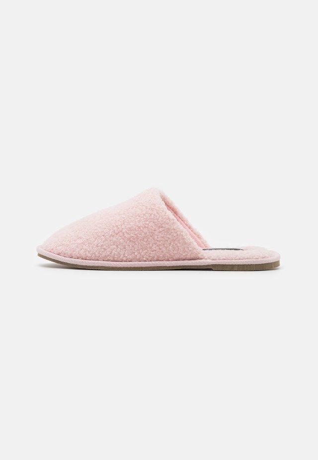 VMIZA SLIPPERS - Slippers - sepia rose