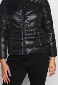 Vero Moda Curve - VMSORAYASIV SHORT JACKET CURVE - Light jacket - black - 5