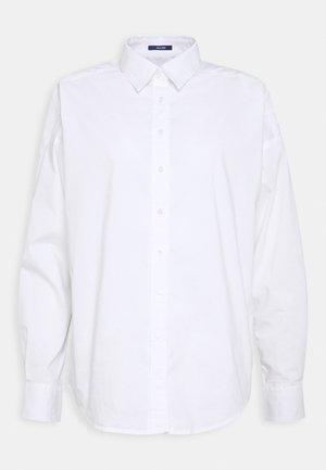 OVERSIZED SOLID - Skjorte - white