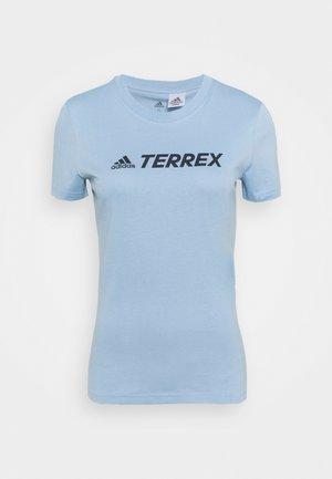TERREX LOGO TEE - Print T-shirt - ambient sky