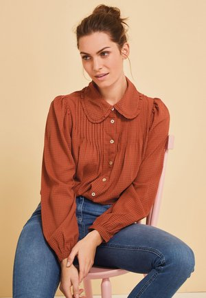 RUFFLE COLLAR  - Button-down blouse - brown