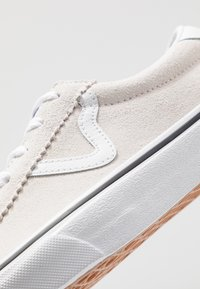 Vans - SPORT - Trainers - white - 6
