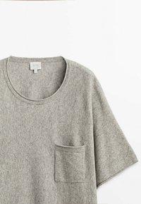 Massimo Dutti - STRICKSHIRT  - Basic T-shirt - grey - 2