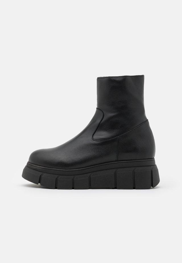 BOOT - Platform ankle boots - black