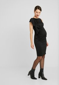 True Violet Maternity - RUFFLE PANEL BODYCON DRESS - Cocktailjurk - black - 2