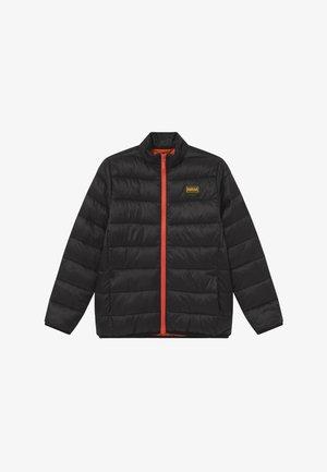 B.INTL BOYS QUILT - Zimní bunda - black/orange