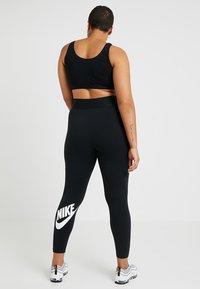 Nike Sportswear - LEGASEE PLUS - Leggings - Trousers - black/white - 2