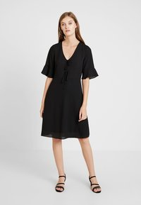 mint&berry - Shift dress - black - 0