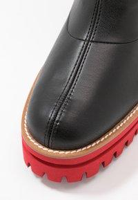 Paloma Barceló - ANAIS SUPREME - Platform ankle boots - black/red - 2