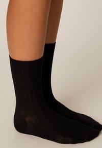 OYSHO - Socks - black - 3