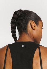 Cotton On Body - LAYERING CROP TANK - Top - black - 4