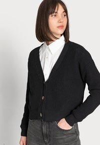 Selected Femme - SLFSINNA CARDIGAN - Cardigan - black - 3