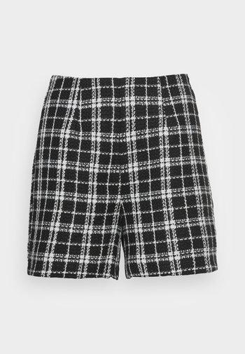 VMCLARA - Shorts - black