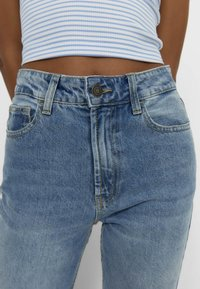Stradivarius - Jeans straight leg - light blue - 3