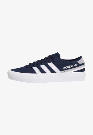 DELPALA SHOES - Skate shoes - blue