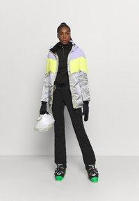 Brunotti - OKALANI WOMEN SNOW JACKET - Snowboardová bunda - lavender - 1