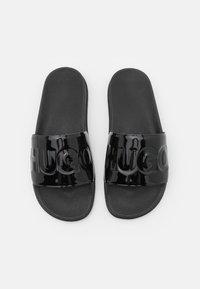 HUGO - MATCH OUT SLIDE - Pantofle - black - 4