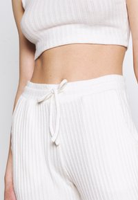 Topshop - COSY BRUSHED SET - Tracksuit bottoms - winter white - 8