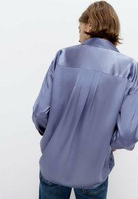 Uterqüe - Button-down blouse - light blue - 2