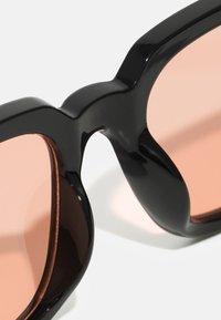 Zign - Sunglasses - black/red - 3