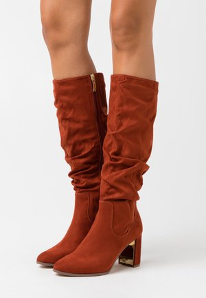 BOOTS - Boots - cinnamon