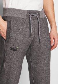 Superdry - ORANGE LABEL CLASSIC - Teplákové kalhoty - mid grey texture - 5