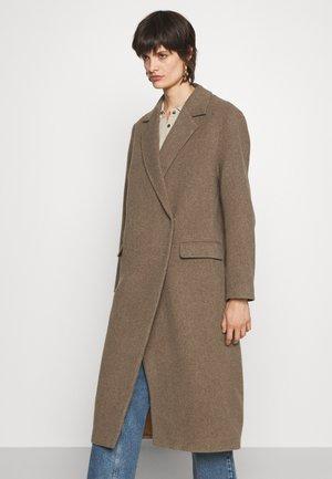 ANISSA LONG - Classic coat - nocciola