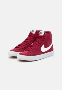 Nike Sportswear - BLAZER MID '77 UNISEX - Zapatillas altas - team red/white/black - 1