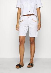 Mos Mosh - DECOR - Shorts - white - 0