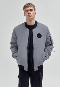 PULL&BEAR - Giubbotto Bomber - mottled light grey - 0