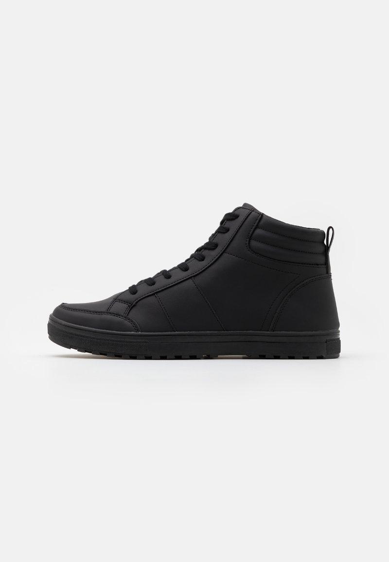 Pier One - Sneakers high - black