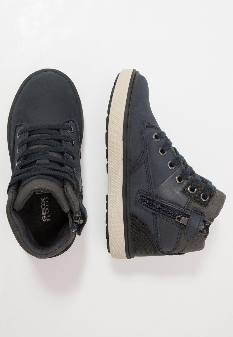 Geox - MATTIAS BOY ABX - Šněrovací kotníkové boty - navy/dark grey