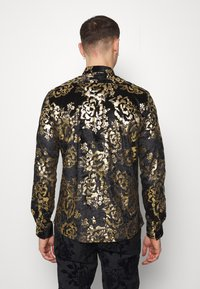 Twisted Tailor - HARTFIELD  - Shirt - black/gold - 2