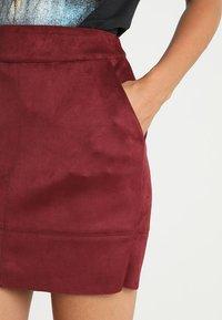 ONLY - ONLJULIE BONDED SKIRT - Mini skirt - chocolate truffle - 5