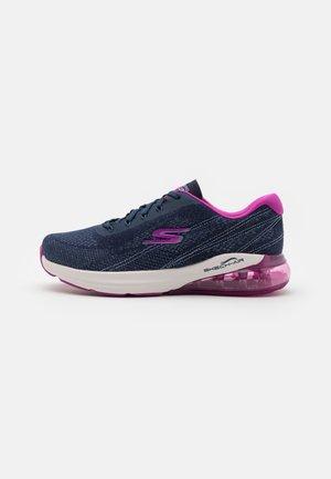 GO RUN AIR - Scarpe running neutre - navy/pink