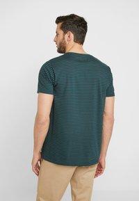 edc by Esprit - CORE - Print T-shirt - teal blue - 2