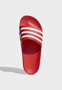 adidas Performance - ADILETTE AQUA SLIDES - Badslippers - red - 3
