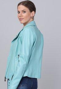 Basics and More - Leather jacket - mint - 5