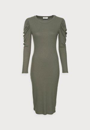 LENA DRESS - Sukienka z dżerseju - elmwood