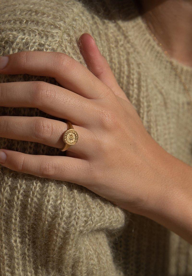 Violet Hamden - Ring - gold