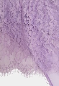 Ann Summers - THE BLOSSOM THONG - Stringit - purple - 2