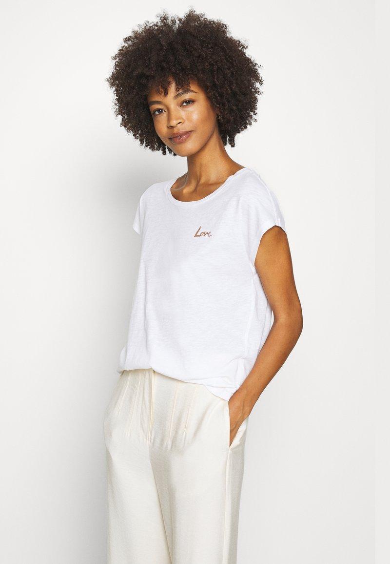 Marc O'Polo - SHORT SLEEVE ROUND NECK - Print T-shirt - white