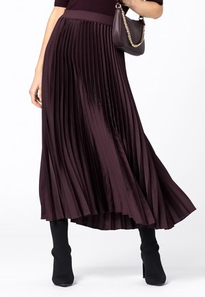 Pleated skirt - burgunder