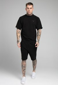 SIKSILK - RELAXED CREW  - Shorts - black - 1