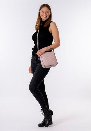 ANASTASIA CLASSIC - Across body bag - light pink